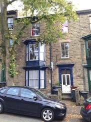 2 bedroom upper floor flat